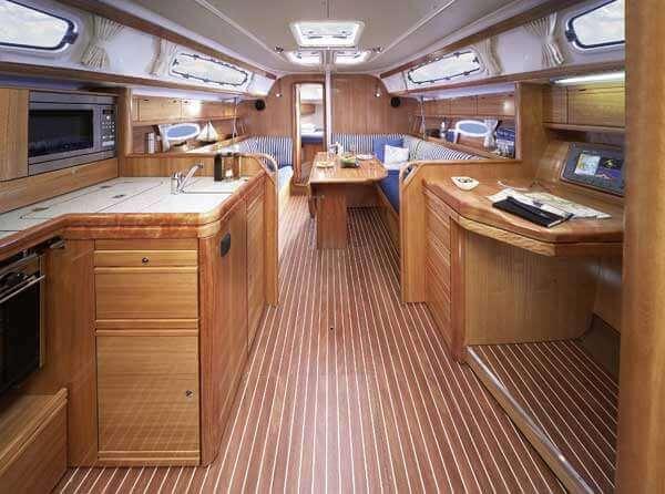 yacht-38-innen